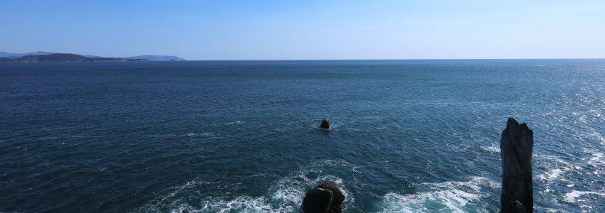 巨釡の折石の写真でDMはがきを作りました。